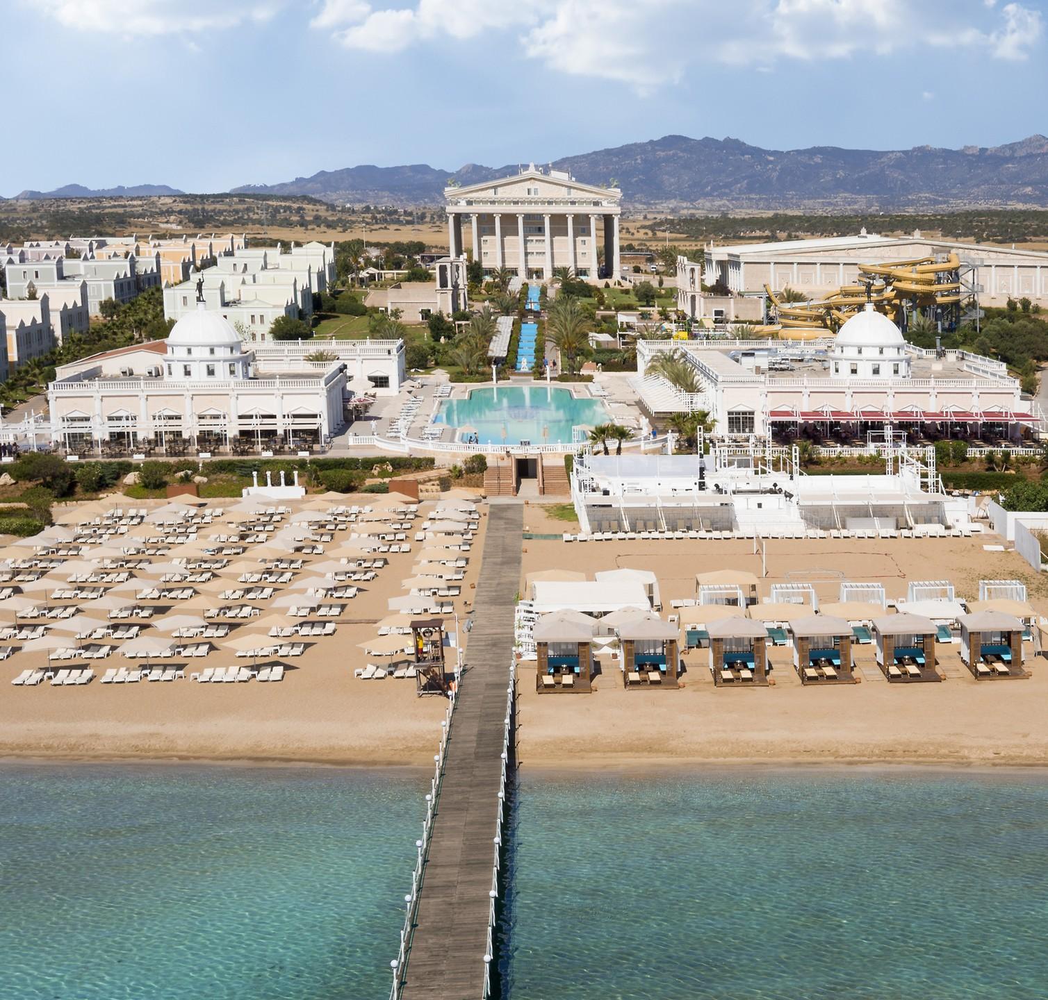 Kaya Artemis Resort & Casino